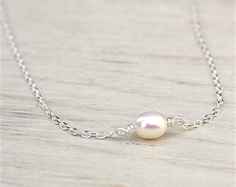 Necklace freshwater pearls on 925 sterling silver chain