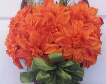 Spring wreath / front door wreath / holiday wreath / door wreath / summer wreath / flower wreath / orange flower wreath/summer wreath