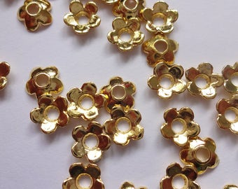 50 OR 100 pcs Lovely & Dainty Tibetan Flower Bead Caps Bright Gold Plated 6mm