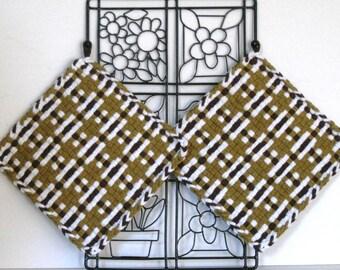 "GK's Kitchen - One Pair 8"" x 8""  Brown and White Plaid Potholders.   Item # GK's Kitchen - Winter 00400"