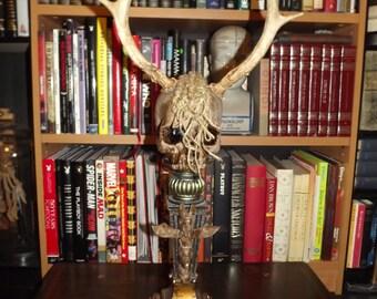 Wendigo Skull Tribal Oddity Cryptozoology Faux Taxidermy Horror Prop Specimen