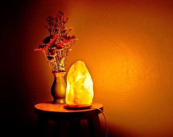 Himalayan Salt Lamp with UK cable and Bulb.