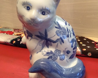 White Cat with Bue Art Figurine ~ Ceramic Fabrique Blue and White Large Ceramic Cat ~ Made in China