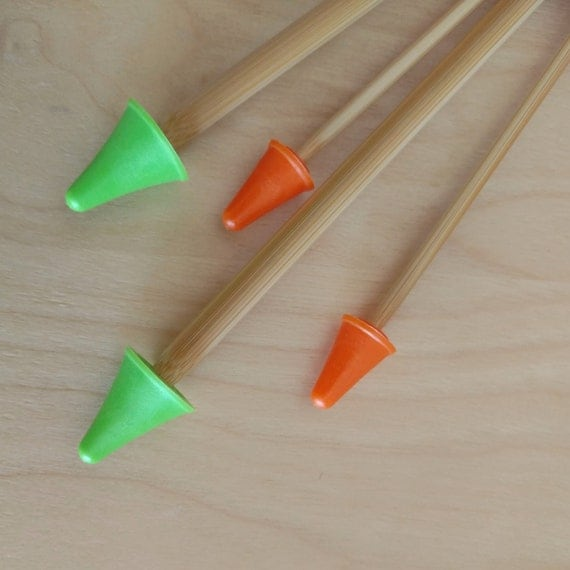Knitting needle point protectors plastic green and orange