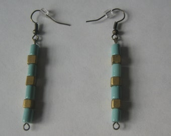 Earrings, drop style, square beads multicolor