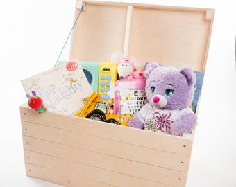 Wooden chest. Large Trunk. Toy chest. Children's chest.  Blanket Storage box. Natural untreated wood. Hinged Lid.  Size 56.5 x 33 x 35.5 cm