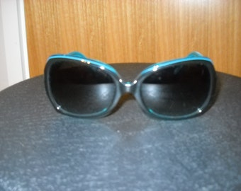 juice couture black /teal oversized sunglasses