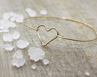 Bracelet jonc coeur plaqué or - bijoux coeur - bracelet coeur or - saint-valentin