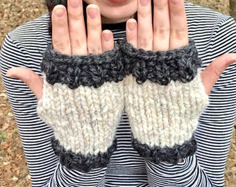 Fingerless Gloves // Winter Hand Warmers // Two Colored Gloves // Winter Gloves // Wrist Warmers