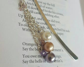 Metal bookmark, beaded bookmark, Book lover gift, Book mark, 30th anniversary, pearl gift, pearl bookmark, Silver bookmark, thank you gift
