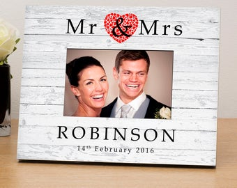 """Personalised Photo Frame Shabby Chic 6"""" X 4"""" Picture Frame Wedding Frame Gift Mr & Mrs"""