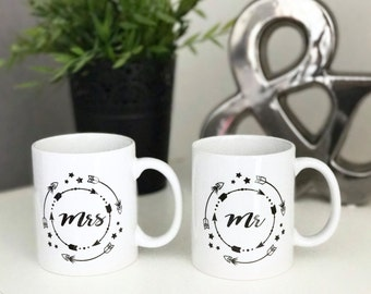 Set of 2 Mugs Mr and Mrs - Valentine's day gift and wedding
