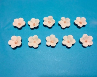 Set of 30 White Gum Paste flowers  *Wedding Cakes/ Cupcake Toppers*