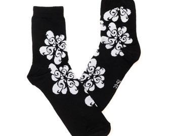 music socks, G-clefs, fun socks, black and white socks, women socks, casual socks, cool socks, gift socks, cotton socks, made in EU socks