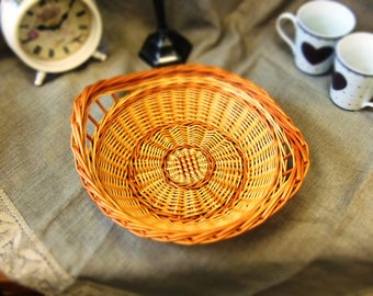 Bread tray, Bread basket, Fruit tray, Round Willow Tray, Small Shallow Basket, Round Wicker Tray, Rustic Round Tray, Kitchen design, serving