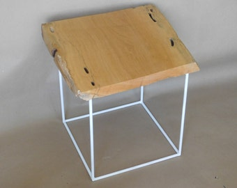 Side table wood Caracolillo