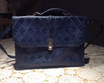 sale/Vintage shoulder bag ,navy blue hand bag ,50s blue leather bag ,pocketbook ,tablet bag(U)