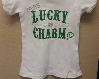 Miss lucky charm 4T, capped sleeve top