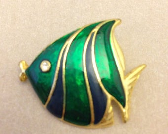Vintage Green Enamel Fish Pin / Brooch