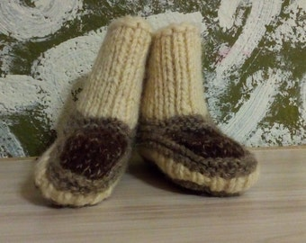 Handmade Slippers,  Knit Slippers, Knitted Slippers, Wool Slippers, Gray Slippers, Gray Wool.