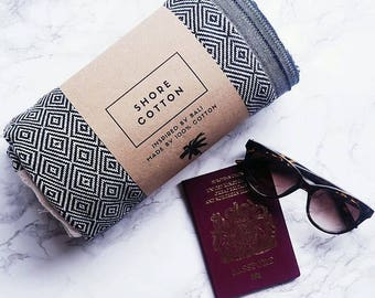 L O N D O N. All-purpose cotton travel towel, scarf, blanket & more, inspired by our adventures - turkish towels are perfect for travelling.