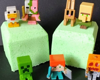 Minecraft Bath Bomb with Toy Inside