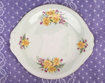 """Royal Imperial pale green with daffodils 10"""" cake/ sandwich plate"""