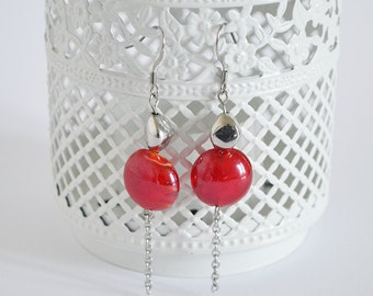 Earrings MOON // Drop earrings with a red glass bead surmounted by a silver bead