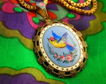 Painted Enamel Bird Locket Necklace - Glass Back Locket - Gold Filled Watch Chain - Gold Filled Jewelry - Vintage Locket