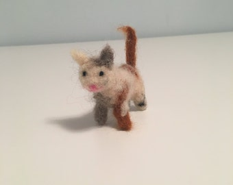 Cute Needle Felted Calico Cat or Kitten - Felted Cat - Felted Kitten - Waldorf Cat - Decorative Kitten/Cat - Toy Kitten/Cat - Waldorf Toys