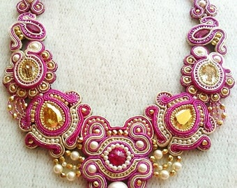 Soutache necklace made with Swarovski in Fuchsia, gold and beige