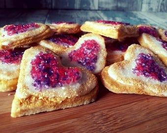 Tutorial to learn how to make these beautifull geode heart cookies