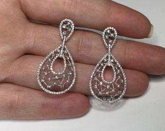 Stunning!! 18K White Gold 1.20 CTW Diamond Dangle Earrings 5.26 Grams