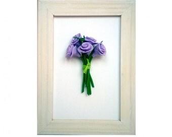 Cadre avec bouquet de roses miniatures en pâte Fimo
