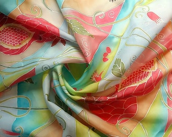 "Shawl made of 100% silk, hand-painted. ""Mellow pomegranate""."