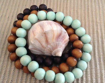 Stretchy wood bead bracelet - set of three