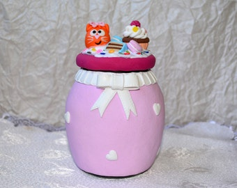 Jar with decor of polymer clay