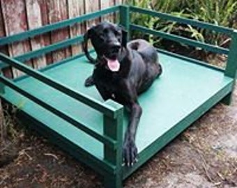 GIANT BREED BED