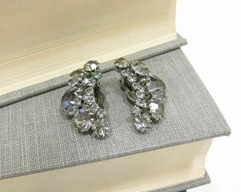 Vintage Weiss Smoke Colored Rhinestone Clip On Earrings