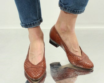Vintage 80' Amazing Classic Brown Plait Mid- Heeled Shoes