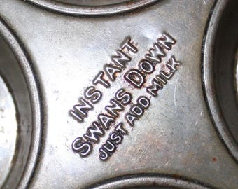 Swans Down Muffin Pan Tin Instant Swans Down Muffin Pan 10.25 in by 7 in 1940s 50s