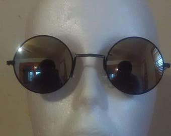 Sunglasses Round Cute Vintage Style Mirrored Black Lens