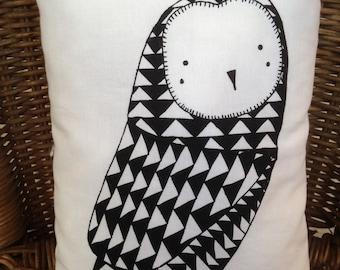 Small cushion pattern rectangular OWL