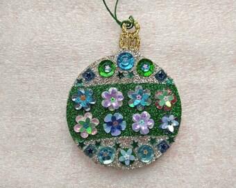 Round Ornament 5