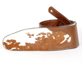 Handcrafted Ergonomic Guitar Strap in Brown with Cowhide
