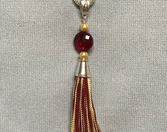 Team Tassel Burgundy & Gold Pendant Necklace