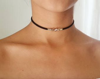 Black choker with crystals