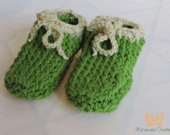 Woven crochet slippers