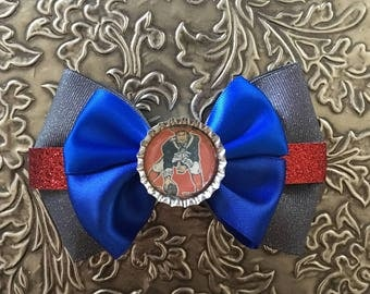 New England Patriots Throwback Bow