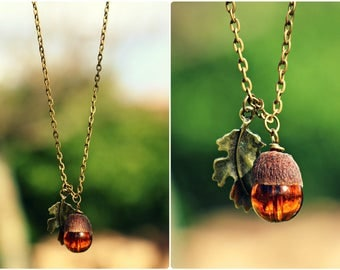 Long chain necklace with Acorn and oak leaf